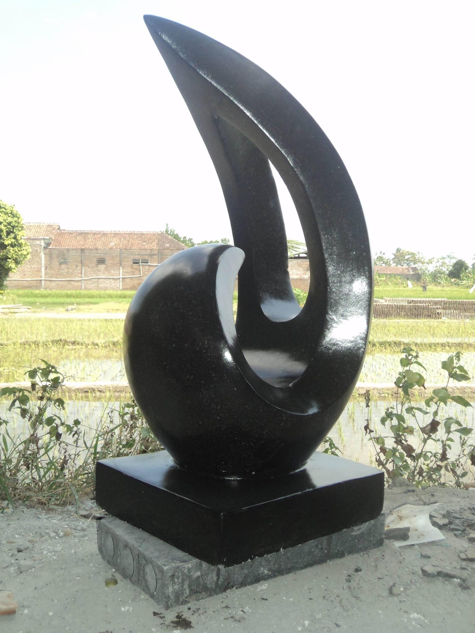 Ornament Statue Black Terrazzo