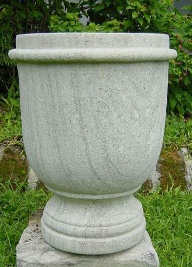 garden stone planter