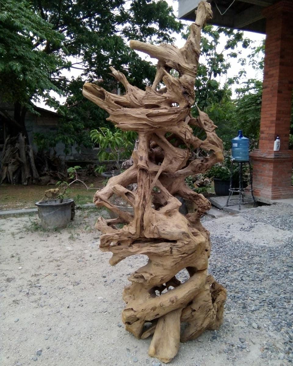 Root Teak Erotion Ornament